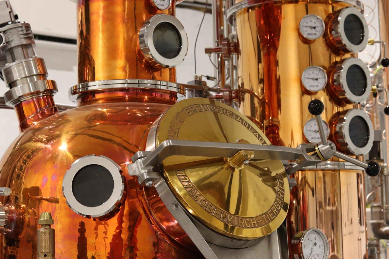 TONOW destilleri et smukt kobberanlæg