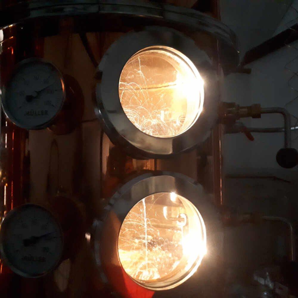 Kig ind iTONOW destillation
